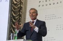 Экс-премьер министр Великобритании Тони Блэр посетил ИНТЕРПАЙП СТАЛЬ